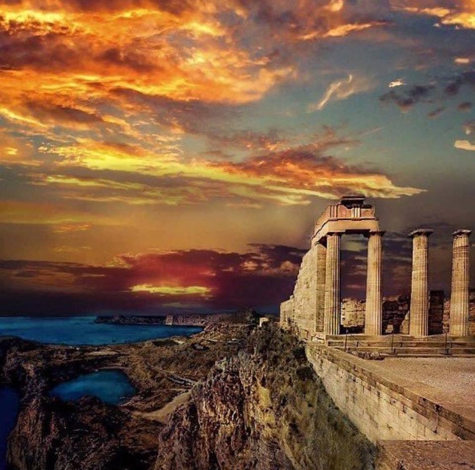 Rodi, la più bella del Dodecaneso: dove dormire e cosa vedere